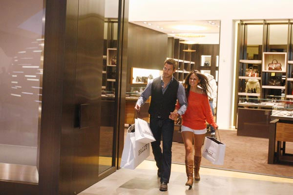 "<div class=""meta image-caption""><div class=""origin-logo origin-image ""><span></span></div><span class=""caption-text"">No sooner do the women arrive at their luxury suite at the Aria Resort and Casino than Brad whisks Shawntel away on an unbelievable shopping spree, where everything her heart desires is hers. When she returns to the suite, the rest of the women are green with envy. The date continues with a romantic rooftop dinner, but how will the night end, as Shawntel reveals the unsavory details of her profession?? Will it be fireworks or a deathly thud? The next episode of 'The Bachelor' airs Monday, January 31. (Pictured: Shawntel, Brad Womack) (ABC Photo/ Isaac Brekken)</span></div>"