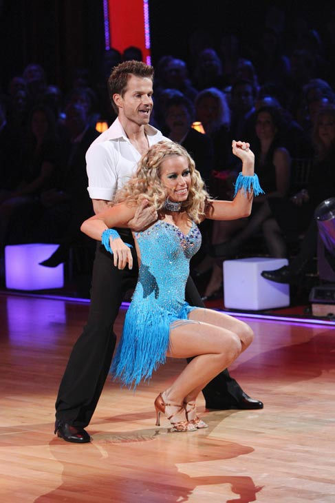 Kendra Wilkinson and her partner Louis van Amstel received 18 out of 30 from the judges for their Cha cha on the seaso