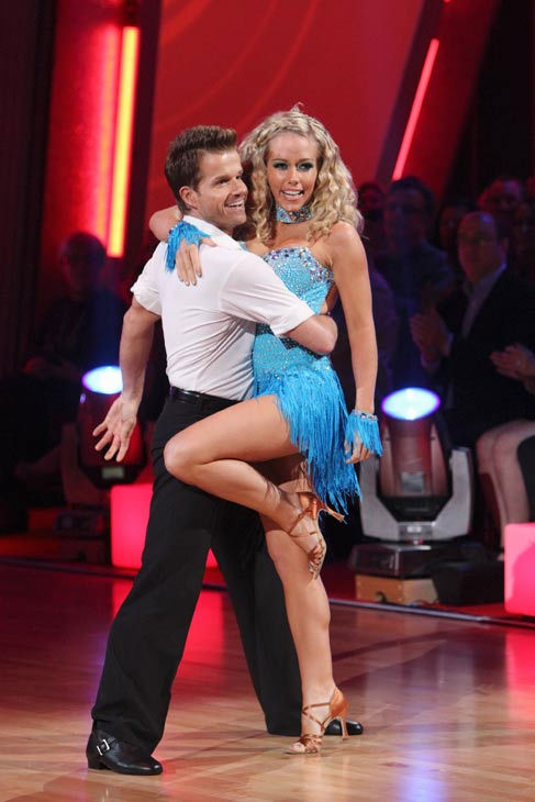 Kendra Wilkinson and her partner Louis van Amstel received 18 out of 30 from the ju