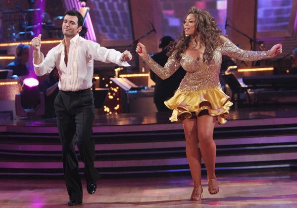 Wendy Williams and her partner Tony Dovolani  received 14 out of 30 from the judges for their Cha cha on the season premiere of 'Dancing With The Stars.'