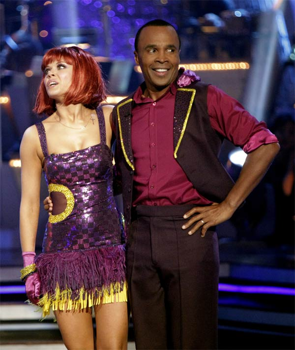 Sugar Ray Leonard and his partner Anna Trebunskaya received 17 out of 30 from the judges for their Jive on week 2 of 'Dancing With The Stars' on Monday, March 28, 2011. Combined with the first week scores that were a