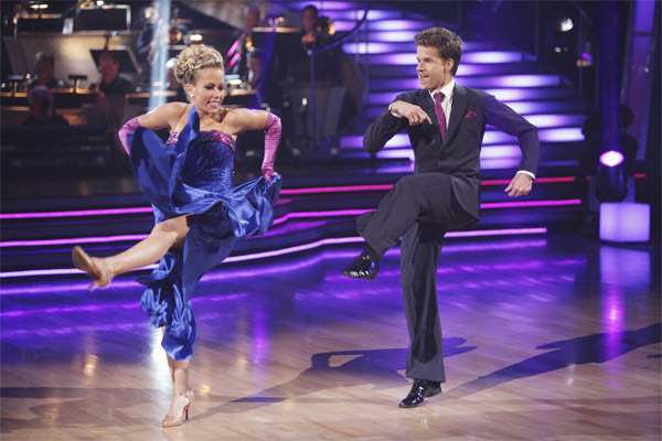 Kendra Wilkinson and her partner Louis van Amstel received 19 out of 30 from the judges for their Quickstep on week 2 of 'Dancing With The Stars' on Monday, March 28, 2011. Combined with the first week scores of 18 out of 30, their total is 37 out of 60.