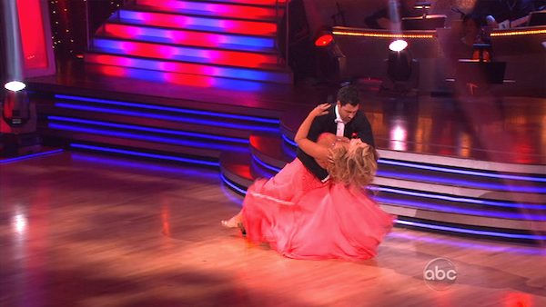"<div class=""meta image-caption""><div class=""origin-logo origin-image ""><span></span></div><span class=""caption-text"">Kirstie Alley and her partner Maksim Chmerkovskiy recieved 20 out of 30 from the judges for their Quickstep on week 2 of 'Dancing With The Stars' on Monday, March 28, 2011. Combined with the first week scores of 23 out of 60, their total is 43 out of 60.  (OTRC Photo)</span></div>"