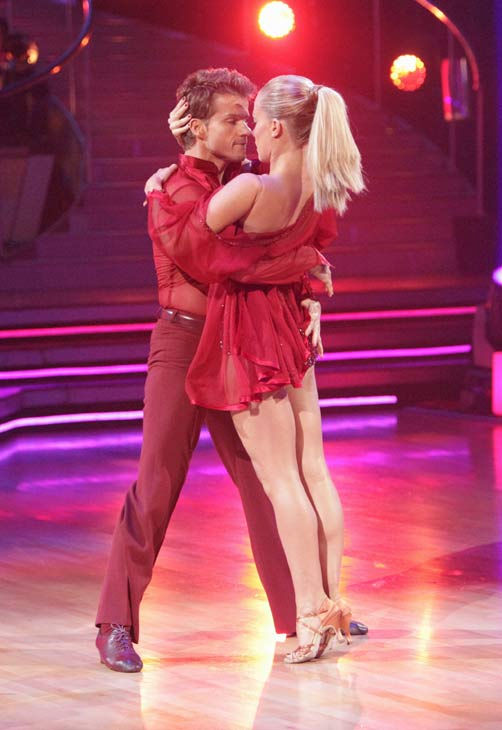 Kendra Wilkinson and her partner Louis van Amstel received 23 out of 30 from the judges for their Rumba on episode 3 of 'Dancin