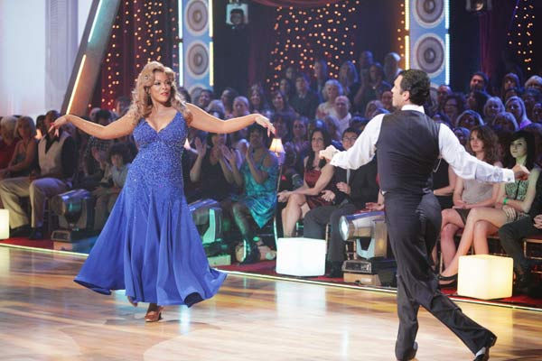 Wendy Williams and her partner Tony Dovolani received 15 out of 30 from the judges for their Fox Trot on we