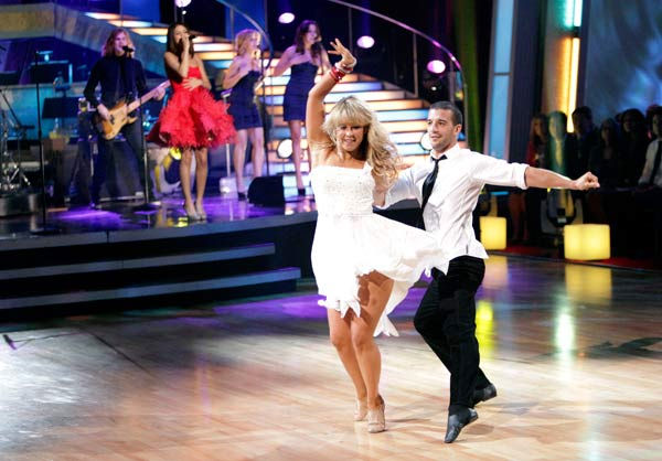 "<div class=""meta ""><span class=""caption-text "">Selena Gomez & The Scene performed their newest single 'Who Says' on 'Dancing With The Stars: The Results Show,' Tuesday, April 5, 2011. (Pictured: CHELSIE HIGHTOWER, MARK BALLAS.) (ABC Photo/ Adam Taylor)</span></div>"