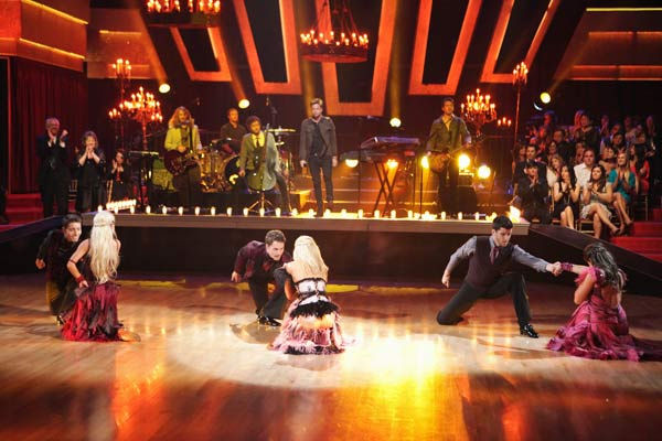 "<div class=""meta image-caption""><div class=""origin-logo origin-image ""><span></span></div><span class=""caption-text"">OneRepublic performed their hit 'All the Right Moves' with the 'Dancing with the Stars' Dance Troupe in the ballroom on 'Dancing With The Stars: The Results Show,' Tuesday, April 5, 2011. (ABC Photo/ Adam Taylor)</span></div>"