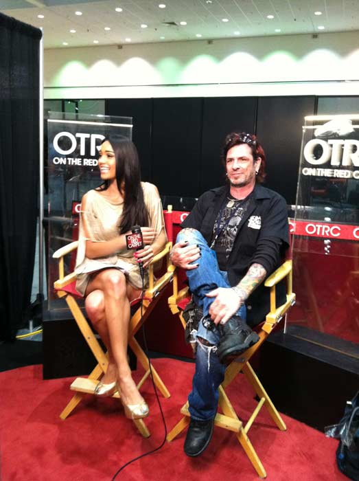 'On The Red Carpet' host Rachel Smith interviews...