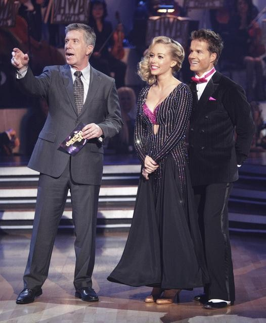 "<div class=""meta ""><span class=""caption-text "">Kendra Wilkinson and her partner Louis van Amstel received 18 out of 30 from the judges for their Viennese Waltz on week four of 'Dancing With The Stars.' (ABC/Adam Taylor)</span></div>"