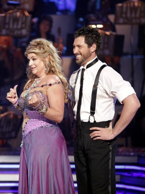 Kirstie Alley and her partner Maksim Chmerkovskiy dance Waltz on week four of 'Dancing With The Stars.' The couple received a 22 out of 30 from the judges.