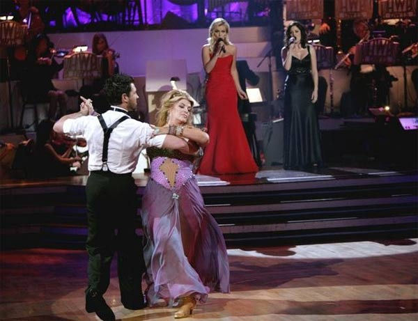 "<div class=""meta ""><span class=""caption-text "">Kirstie Alley and her partner Maksim Chmerkovskiy dance Waltz on week fourof 'Dancing With The Stars.' The couple received a 22 out of 30 from the judges. (ABC/Adam Taylor)</span></div>"