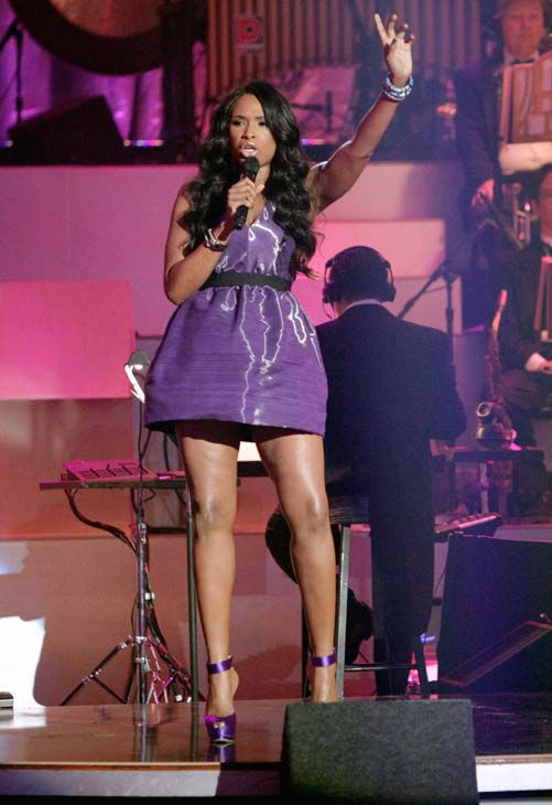 "<div class=""meta ""><span class=""caption-text "">Jennifer Hudson performed 'Don't Look Down' and 'Feeling Good' on 'Dancing With The Stars: The Results Show,' Tuesday, April 12, 2011. (ABC Photo/ Adam Taylor)</span></div>"
