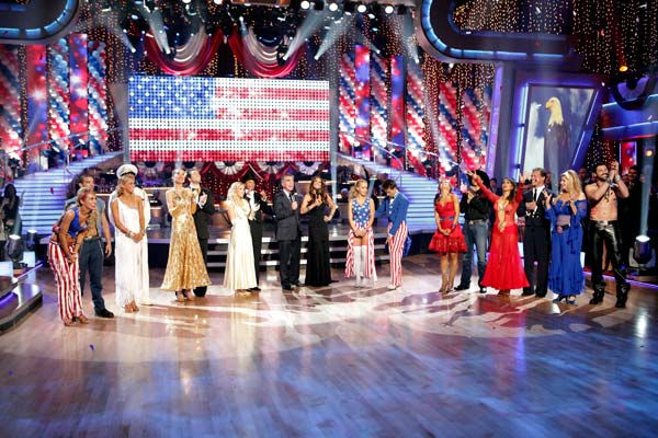 &#39;Dancing with the Stars&#39; celebrated American Week as all eight remaining couples strutted their stuff to classic American themed songs. &#40;Pictured: CHELSEA KANE, MARK BALLAS, KYM JOHNSON, HINES WARD, PETRA NEMCOVA, DMITRY CHAPLIN, CHELSIE HIGHTOWER, TOM BERGERON, BROOKE BURKE, KENDRA WILKINSON, LOUIS VAN AMSTEL, KARINA SMIRNOFF, RALPH MACCHIO, CHERYL BURKE, CHRIS JERICHO, KIRSTIE ALLEY and MAKSIM CHMERKOVSKIY&#41; <span class=meta>(ABC Photo&#47; Adam Taylor)</span>