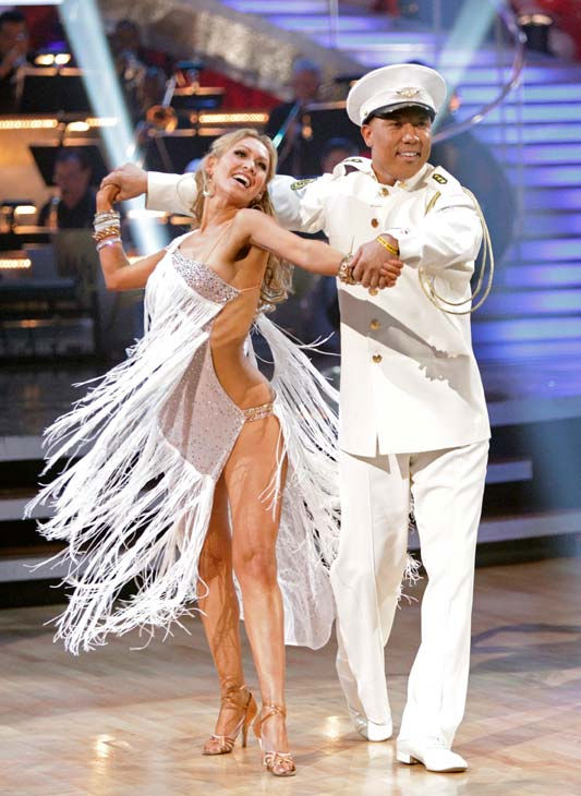 "<div class=""meta image-caption""><div class=""origin-logo origin-image ""><span></span></div><span class=""caption-text"">Hines Ward and his partner Kym Johnson received 27 out of 30 from the judges for their Rumba on week five of 'Dancing With The Stars.' (ABC Photo/ Adam Taylor)</span></div>"