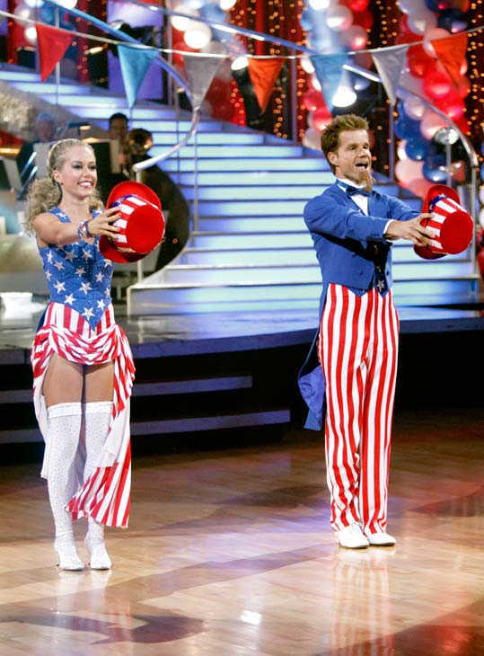 "<div class=""meta image-caption""><div class=""origin-logo origin-image ""><span></span></div><span class=""caption-text"">Kendra Wilkinson and her partner Louis van Amstel received 22 out of 30 from the judges for their Fox Trot on week five of 'Dancing With The Stars.' (ABC Photo/ Adam Taylor)</span></div>"