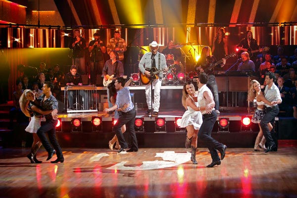 "<div class=""meta ""><span class=""caption-text ""> Special musical guest country star Toby Keith performed two of his biggest hits including 'Should've Been a Cowboy' and was accompanied by Maksim Chmerkovskiy, Lacey Schwimmer and the 'Dancing with the Stars' Dance Troupe. (ABC Photo/ Adam Taylor)</span></div>"