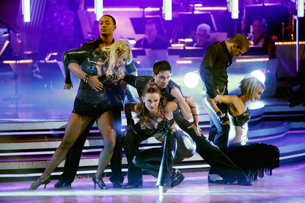 "<div class=""meta ""><span class=""caption-text "">Chelsea Kane, Ralph Macchio, and Romeo do a very fun and very energetic Cha Cha to Lady Gaga's 'Born this Way' for the group dance.  The team scores a 30 out of 40. (ABC Photo/ Adam Taylor)</span></div>"