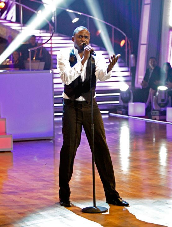 "<div class=""meta ""><span class=""caption-text "">The 'Macy's Stars of Dance' performed a special tribute to James Brown in celebration of his birthday. Wayne Brady starred in the number, singing and dancing. (ABC Photo/ Adam Taylor)</span></div>"
