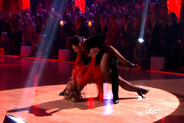"<div class=""meta image-caption""><div class=""origin-logo origin-image ""><span></span></div><span class=""caption-text"">Kirstie Alley and her partner Maksim Chmerkovskiy dance an Argentine Tango and a Salsa on week eight of 'Dancing With The Stars.' The judges gave the couple 28 out of 30 for their Argentine Tango and 25 points out of 30 for their Salsa. The couple earned a total of 53 out of 60. (OTRC)</span></div>"