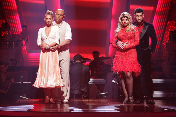 "<div class=""meta ""><span class=""caption-text "">Hines Ward and his partner Kym Johnson and Kirstie Alley and her partner Maksim Chmerkovskiy await possible elimination. (ABC Photo/ Adam Taylor)</span></div>"