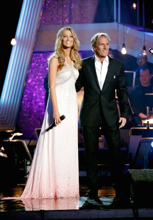 Season 11 &#34;Dancing With The Stars&#34; celebrity alum Michael Bolton performed duet with Australian singer Delta Goodrem. The two sang &#34;I&#39;m Not Ready&#34; from his new album, &#34;Gems -- The Duets Collection,&#34; which hits stores on June 21. &#34;Dancing With The Stars&#34; pros while Anna Trebunskaya and Dmitry Chaplin accompanied them on the dance floor.  <span class=meta>(ABC Photo&#47; Adam Taylor)</span>