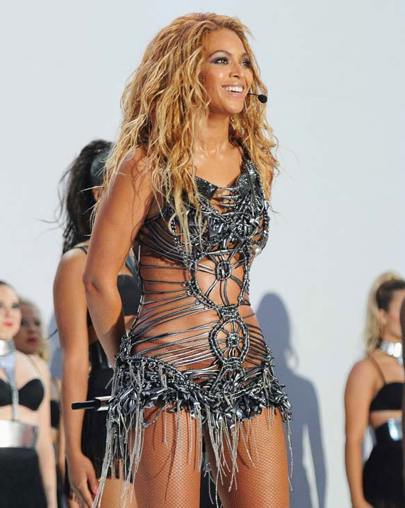 "<div class=""meta ""><span class=""caption-text "">Beyonce performs at the 2011 Billboard Music Awards in Las Vegas on Sunday, May 22, 2011. The singer was honored with the Millennium Award. (ABC Photo/ Kevin Mazur)</span></div>"