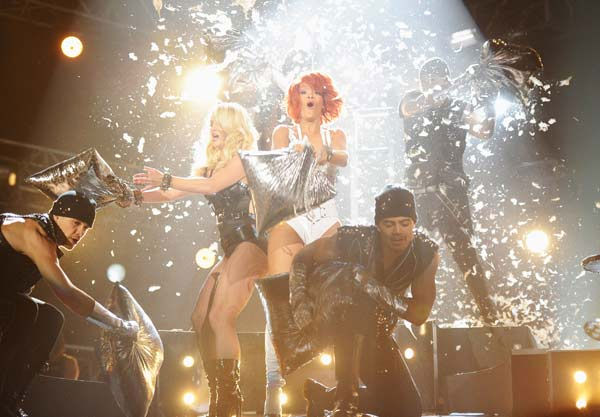 "<div class=""meta ""><span class=""caption-text "">Britney Spears and Rihanna perform at the 2011 Billboard Music Awards in Las Vegas on Sunday, May 22, 2011. (ABC Photo/ Kevin Mazur)</span></div>"