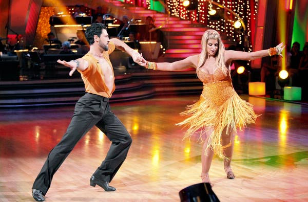 Kirstie Alley and her partner Maksim Chmerkovskiy dance a Samba and a Freestyle dance on week ten of 'Dancing With The Stars.' The ju