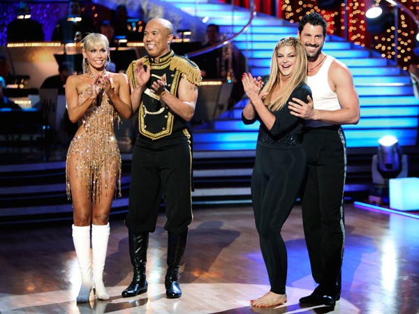 "<div class=""meta ""><span class=""caption-text "">Kirstie Alley, Maksim Chmerkovskiy, Kym Johnson and Hines Ward appear on 'Dancing With The Stars' on May 23, 2011. (ABC Photo/ Adam Taylor)</span></div>"
