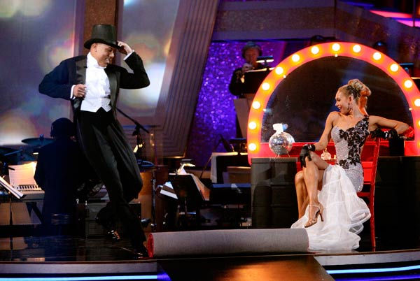 Hines Ward and his partner Kym Johnson dance a Quickstep and a Freestyle dance on week ten of 'Dancing With The Stars.' The judges gave the couple 29 out of 30 for their Quickstep and 30 points out of 30 for their Freestyle. The couple earned a total of