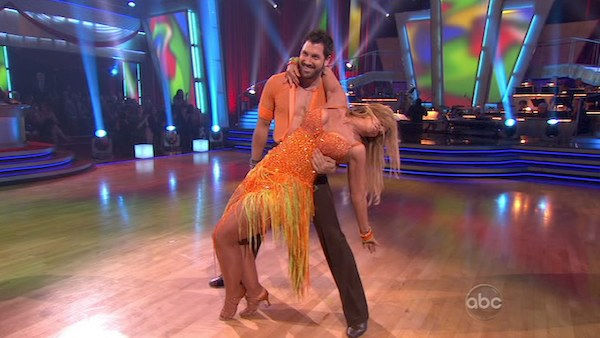"<div class=""meta ""><span class=""caption-text "">Kirstie Alley and her partner Maksim Chmerkovskiy dance a Samba and a Freestyle dance on week ten of 'Dancing With The Stars.' The judges gave the couple 27 out of 30 for their Samba and 27 points out of 30 for their Freestyle. The couple earned a total of 54 out of 60.  (OTRC Photo)</span></div>"
