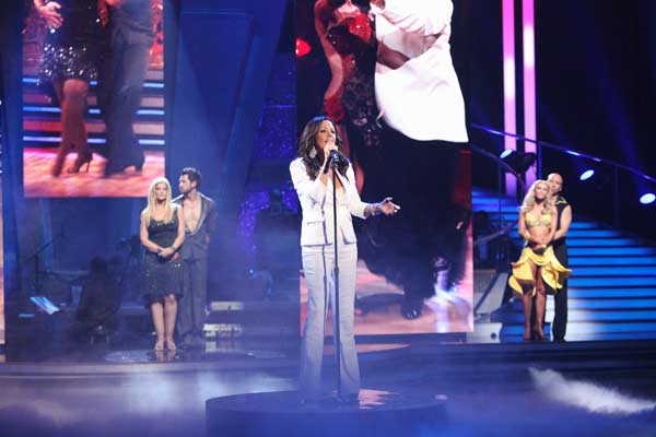 "<div class=""meta ""><span class=""caption-text "">'Dancing With The Stars' Season 3 alum Sara Evans returned to the ballroom floor and performed her single, 'A Little Bit Stronger' on the 'Dancing With The Stars' season 12 finale on May 24, 2011. (OTRC Photo)</span></div>"