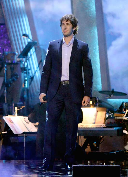 Josh Groban performed 'You Raise Me Up' during Petra Nemcova's return performance on the 'Dancing With The Stars' season 12 finale on May 24, 2011.