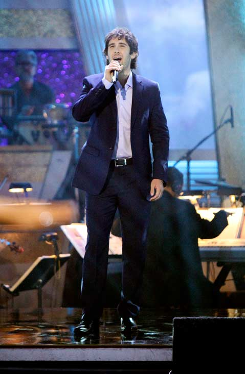 Josh Groban performed &#39;You Raise Me Up&#39; during Petra Nemcova&#39;s return performance on the &#39;Dancing With The Stars&#39; season 12 finale on May 24, 2011. <span class=meta>(OTRC Photo)</span>