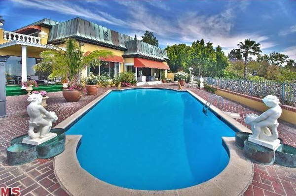 A view of Zsa Zsa Gabor&#39;s 4-bedroom, 5.5 bathroom Bel Air home. The property is on the market for &#36;15 million. <span class=meta>(Christophe Choo, Coldwell Banker-BH North)</span>