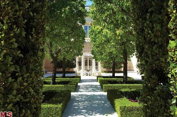 The garden at Aaron Spelling's 57,000-square...
