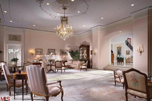 The living room of Aaron Spelling&#39;s 57,000-square foot Los Angeles home, which had a &#36;150 million asking price and is in contract to be sold to 22-year-old heiress Petra Ecclestone, daughter of billionaire Formula One racing boss Bernard Ecclestone. <span class=meta>(Photo&#47;Realtor.com)</span>