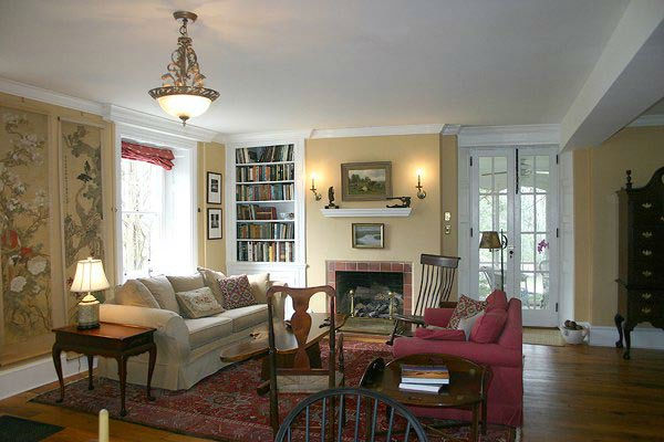 "<div class=""meta ""><span class=""caption-text "">A living room in the five-bedroom home featured in the movie ""Marley and Me,"" which starred Jennifer Aniston and Owen Wilson. The property, which was built in 1831 on over 15 acres of property, is on the market for $1.25 million. (Photo courtesy of Richard and Holly Gross of Prudential Fox and Roach Realtors-West Chester, PA) (Photo courtesy of Richard and Holly Gross of Prudential Fox and Roach Realtors)</span></div>"
