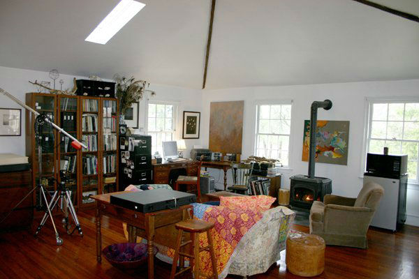 "<div class=""meta ""><span class=""caption-text "">An office in the five-bedroom home featured in the movie ""Marley and Me,"" which starred Jennifer Aniston and Owen Wilson. The property, which was built in 1831 on over 15 acres of property, is on the market for $1.25 million. (Photo courtesy of Richard and Holly Gross of Prudential Fox and Roach Realtors-West Chester, PA) (Photo courtesy of Richard and Holly Gross of Prudential Fox and Roach Realtors)</span></div>"