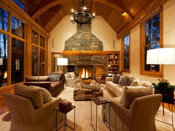 "<div class=""meta ""><span class=""caption-text "">The living room in Jerry Seinfeld's mansion in Telluride, Colorado which has 11 bedrooms, 11 bathrooms, mountain views and a creek and is on the market for $18 million. (Photo/SothebysRealty.com)</span></div>"