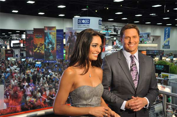 On The Red Carpet hosts Chris Balish and Rachel Smith at Comic-Con in San Diego on Wednesday, July 20, 2011. <span class=meta>(OTRC Photo)</span>