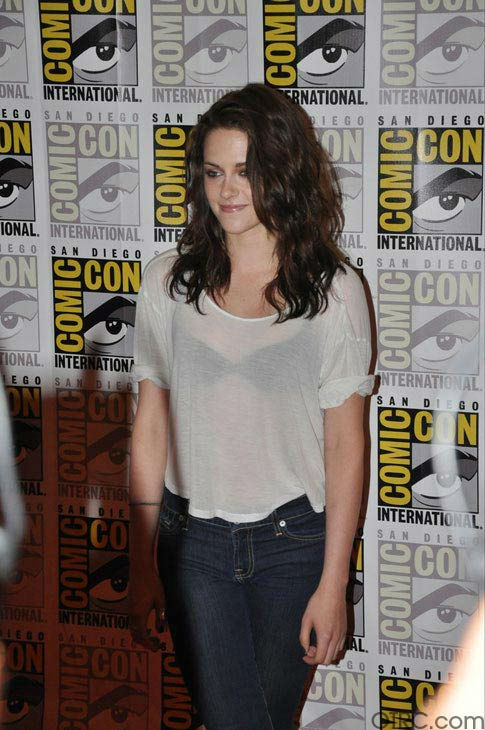 Kristen Stewart from 'The Twilight Saga' appears...