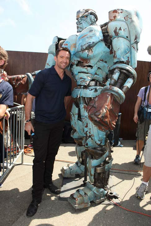 "<div class=""meta image-caption""><div class=""origin-logo origin-image ""><span></span></div><span class=""caption-text"">Hugh Jackman from 'Real Steel' appears in a photo at Comic-Con in San Diego on Thursday, July 21, 2011. (DreamWorks)</span></div>"