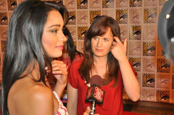 OnTheRedCarpet.com co-host Rachel Smith interviews Elizabeth Reaser from 'The Twilight Saga' at Comic-Con in San Diego on Thursday, July 21, 2011.