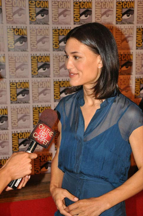 OnTheRedCarpet.com co-host Rachel Smith interviews Julia Jones from &#39;The Twilight Saga&#39; at Comic-Con in San Diego on Thursday, July 21, 2011. <span class=meta>(OTRC Photo)</span>