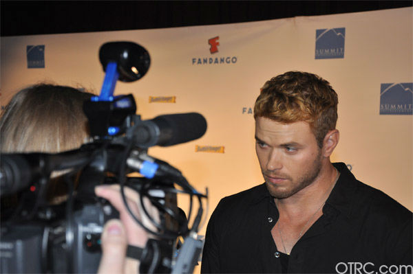 On The Red Carpet co-host Rachel Smith interviews Kellan Lutz from &#39;The Twilight Saga&#39; at the Summit Comic-Con party sponsored by Butterfinger at the Hard Rock Hotel in San Diego on Thursday, July 21, 2011. <span class=meta>(OTRC Photo)</span>