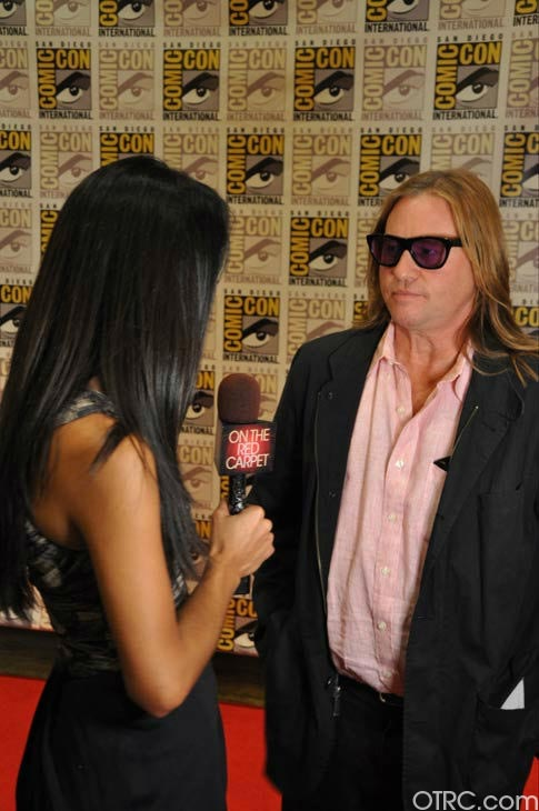 "<div class=""meta ""><span class=""caption-text "">""Twixt"" actor Val Kilmer talks to OnTheRedCarpet.com co-host Rachel Smith at San Diego Comic-Con on Saturday, July 23, 2011.  (OTRC Photo)</span></div>"