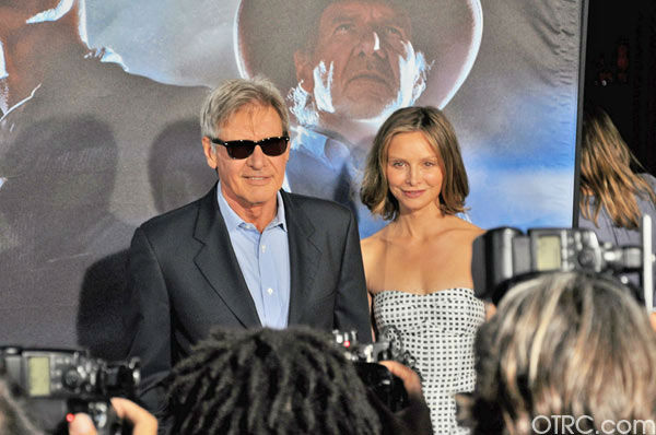 "<div class=""meta ""><span class=""caption-text "">'Cowboys & Aliens' actor Harrison Ford and wife Calista Flockhart appear in a photo at the film's premiere at San Diego Comic-Con on Saturday, July 23, 2011. (OTRC Photo)</span></div>"