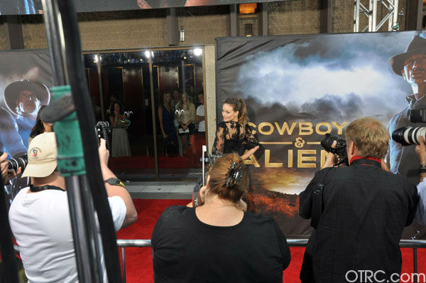 'Cowboys & Aliens' actress Olivia Wilde appears at the film's premiere