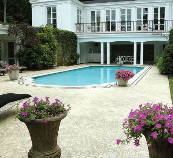 The pool at Taylor Swift's four-bedroom, four-bathroom Northumberland Estate in Nashville, Tennessee, which she purchased for $2.5 million. The property was previously owned by Universal Music Group chairman Luke Lewis.